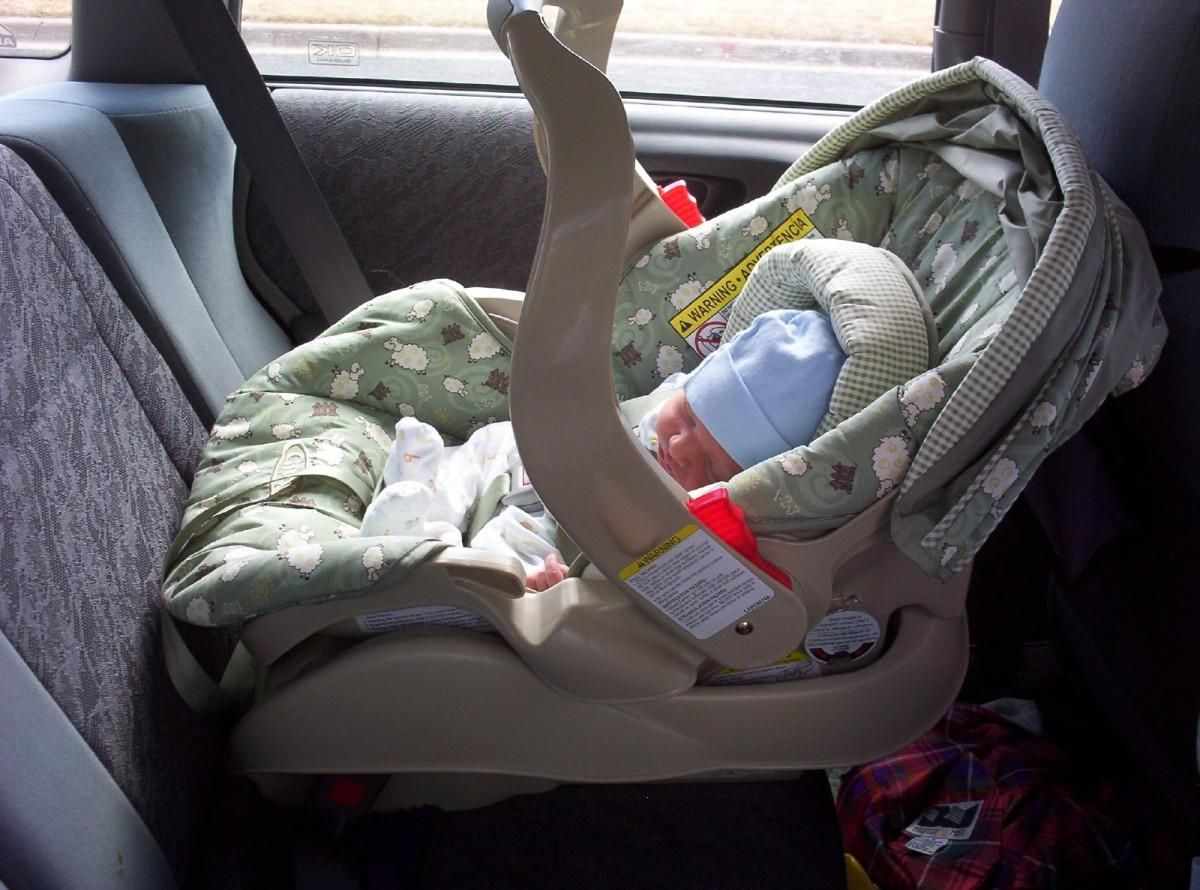 car seat for newborn baby girl