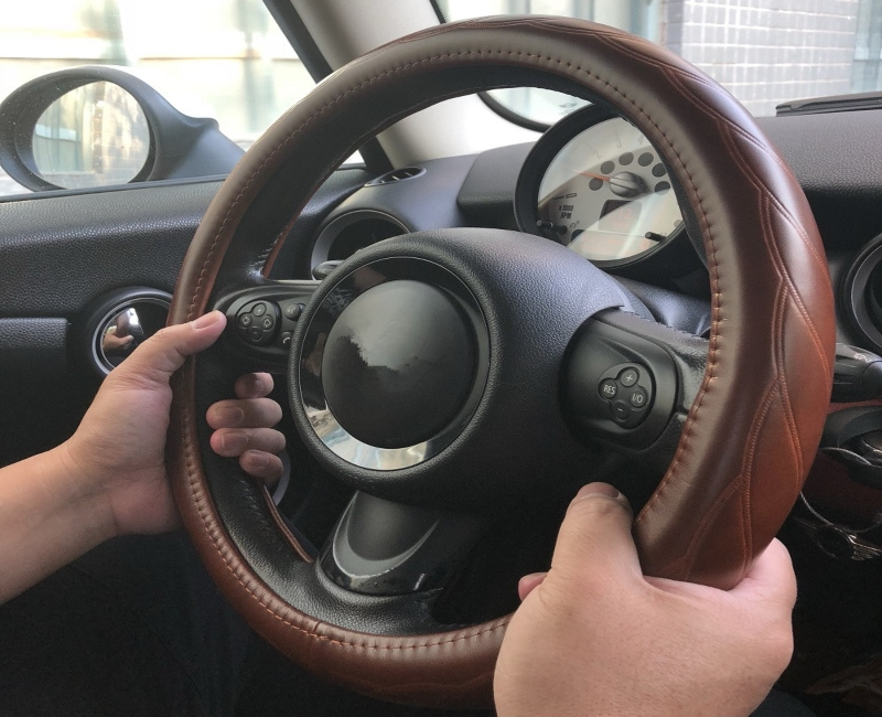 Brown Leather Steering Wheel Cover